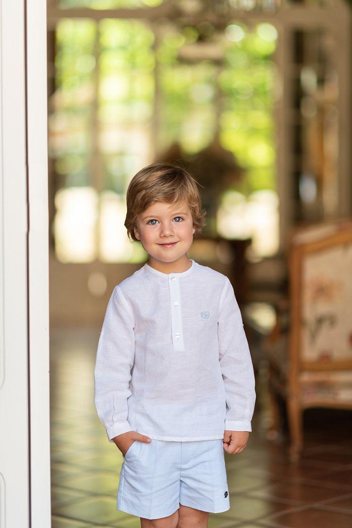 9e74d3ce05 Conjunto 2 piezas niño camisa blanca mao pantalón corto azul celeste ...